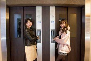 クレスト草津のエレベーターホール
