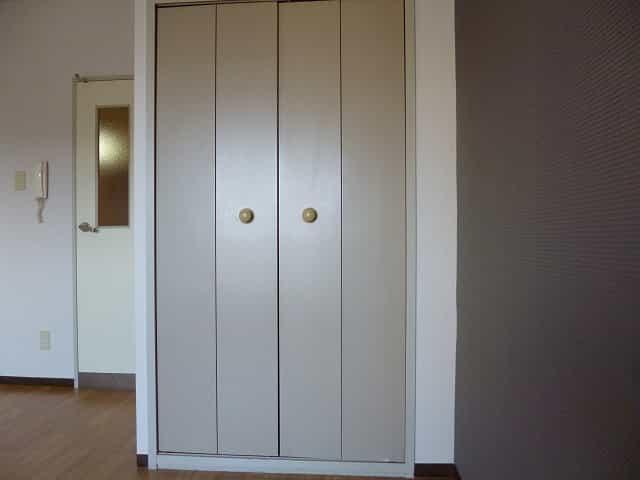 EM1022室内写真