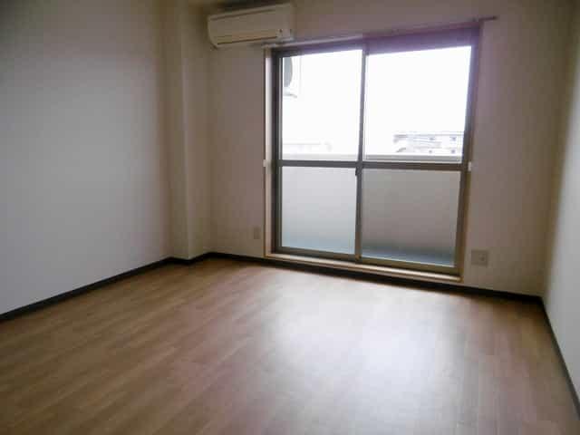 カルムパーチェス室内写真