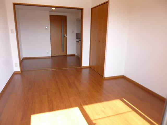 エンゼルプラザイースト2室内写真