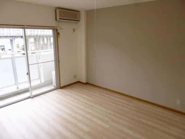 クーラン・デイル(食事サポート)室内写真