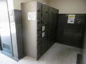 MNK-6の宅配ボックス