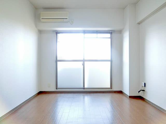 翔耀一号館室内写真
