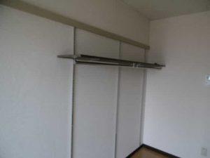ソレイユヤマダの吊り棚