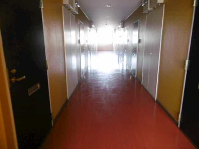 クローバーハイツ2外観、共用部写真