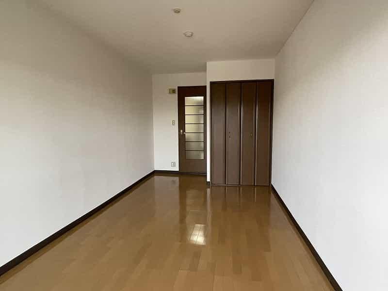 ラルース2室内写真
